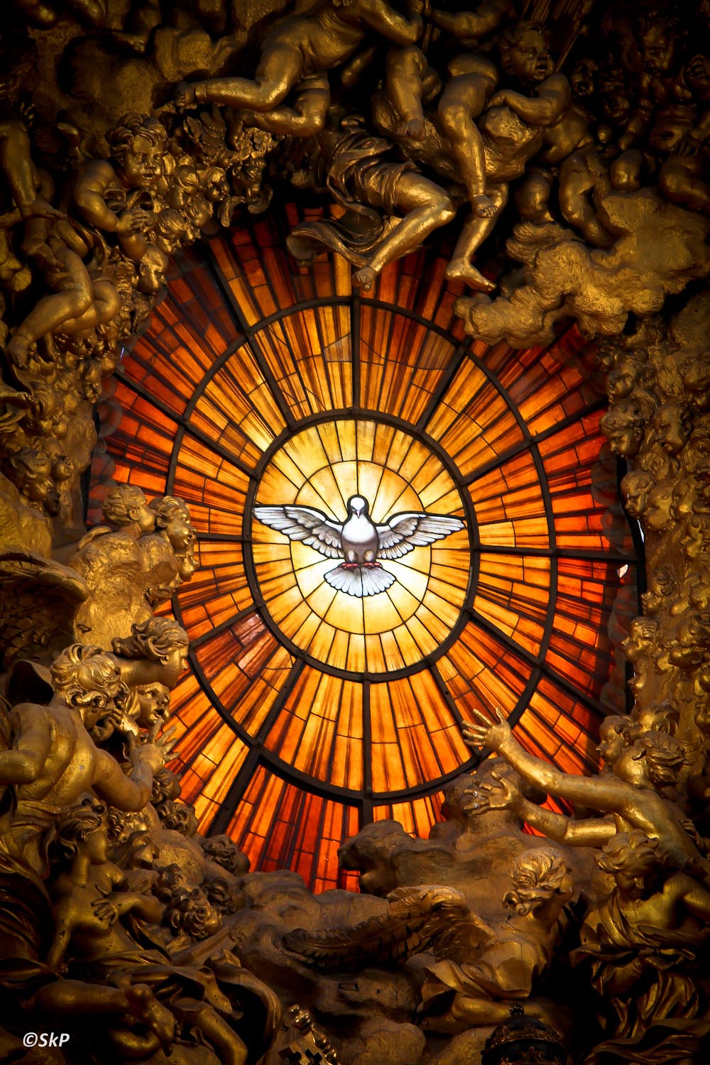 Holy-Spirit-Window-St-Peters